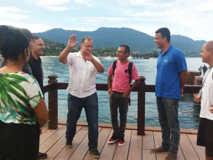 Equipe de  Ubatuba acompanha receptivo de navio em Ilhabela
